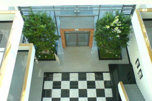 BL 32 - Eingangsfoyer